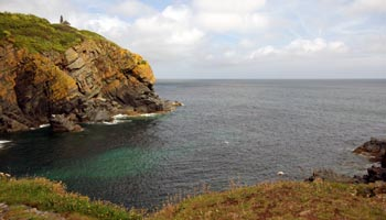 Cadgwith Cove Coastline The Lizard Peninsula_Cornwall