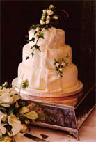 wedding cakes newquay cornwall magic moments wedding cakes cornwall all about cornwall 25086